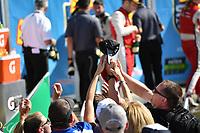 IMSA WeatherTech SportsCar Championship<br /> Sahlen's Six Hours of the Glen<br /> Watkins Glen International, Watkins Glen, NY USA<br /> Sunday 2 July 2017<br /> Fans grab for hat in victory lane.<br /> World Copyright: Richard Dole/LAT Images<br /> ref: Digital Image RD_WGI_17_574