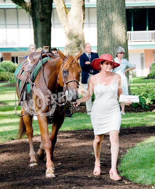 Kim Dutrow before The Delaware Oaks (gr 2) at Delaware Park on 7/14/12