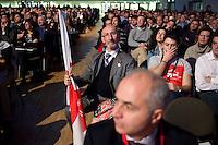 """Milano: gente partecipa all'evento """"Antimeeting"""" organizzato da """"Fare per Fermare il Declino"""", il movimento politico fondato da Oscar Giannino."""