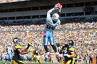 PITTSBURGH, PA - OCTOBER 09:  Nate Washington #85 of the Tennessee Titans attempts to catch a pass in front of Ike Taylor #24 and Troy Polamalu #43 of the Pittsburgh Steelers during the game on October 9, 2011 at Heinz Field in Pittsburgh, Pennsylvania. Washington did not come up with the catch. (Photo by Jared Wickerham/Getty Images)