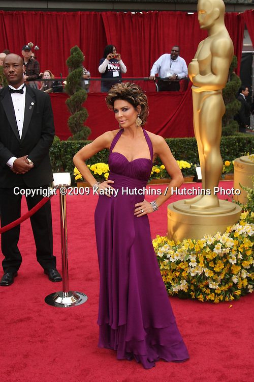 Lisa Rinna  arriving at the 81st Academy Awards at the Kodak Theater in Los Angeles, CA  on.February 22, 2009.©2009 Kathy Hutchins / Hutchins Photo...                .