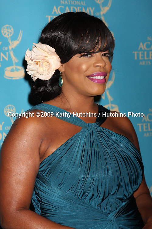 Niecy Nash  at the Daytime Creative Emmy Awards  at the Westin Bonaventure Hotel in  Los Angeles, CA on August 29, 2009.©2009 Kathy Hutchins / Hutchins Photo.