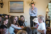 Jonathan Veitch, President of Occidental College. Incoming first years meet with Occidental College President Jonathan Veitch during Matriculation as part of Orientation, Aug. 24, 2015 at the Samuelson Alumni Center.<br /> (Photo by Marc Campos, Occidental College Photographer)