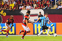 ATENCAO EDITOR: FOTO EMBARGADA PARA VEÍCULOS INTERNACIONAIS. - RIO DE JANEIRO, RJ, 16 DE SETEMBRO DE 2012 - CAMPEONATO BRASILEIRO - FLAMENGO X GREMIO - Kleber, jogador do Gremio, durante partida contra o Flamengo, pela 25a rodada do Campeonato Brasileiro, no Stadium Rio (Engenhao), na cidade do Rio de Janeiro, neste domingo, 16. FOTO BRUNO TURANO BRAZIL PHOTO PRESS