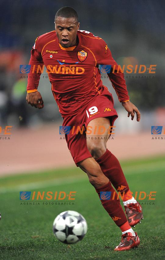 Julio Baptista (Roma)<br /> Roma 9/12/2008 Stadio &quot;Olimpico&quot; <br /> Champions League 2008/2009 <br /> Roma Bordeaux (2-0)<br /> Foto Andrea Staccioli Insidefoto