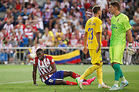 Atletico de Madrid´s Jackson Martinez (L) and Las Palmas´s goalkeeper Lizoain during 2015-16 La Liga match at Vicente Calderon stadium in Madrid, Spain. MONTH XX, 2015. (ALTERPHOTOS/Victor Blanco)