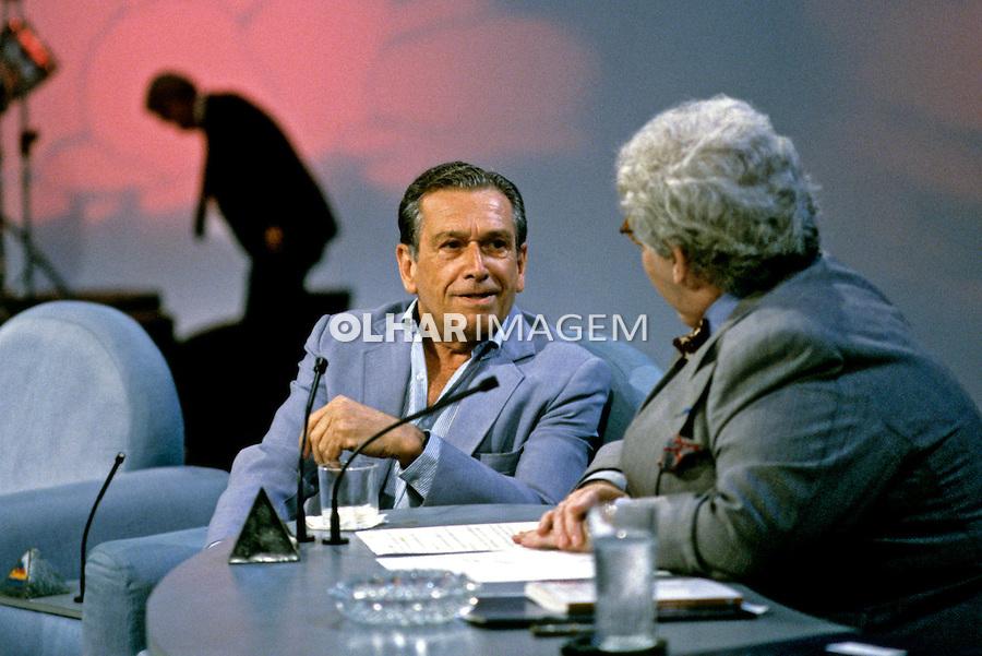 Personalidade. Escritor Fernando Sabino e Jo Soares no SBT. SP. 1990. Foto de Juca Martins.