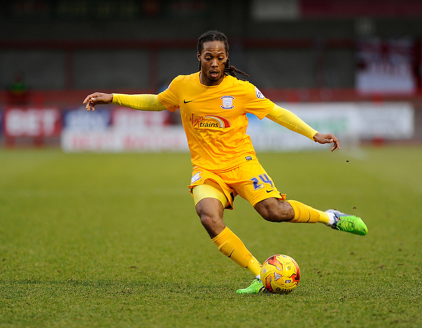 Preston North End's Daniel Johnson in action during todays match  <br /> <br /> Photographer Ashley Western/CameraSport<br /> <br /> Football - The Football League Sky Bet League One - Crawley Town v Preston North End - Saturday 31st January 2015 - Broadfield Stadium - Crawley<br /> <br /> &copy; CameraSport - 43 Linden Ave. Countesthorpe. Leicester. England. LE8 5PG - Tel: +44 (0) 116 277 4147 - admin@camerasport.com - www.camerasport.com