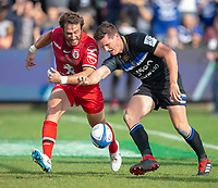Bath Rugby's Freddie Burns fails to put the ball down after crossing the line under pressure from Toulouse Rugby's Maxime Médard<br /> <br /> Photographer Bob Bradford/CameraSport<br /> <br /> European Rugby Champions Cup - Bath Rugby v Toulouse - Saturday 13th October 2018 - The Recreation Ground - Bath<br /> <br /> World Copyright © 2018 CameraSport. All rights reserved. 43 Linden Ave. Countesthorpe. Leicester. England. LE8 5PG - Tel: +44 (0) 116 277 4147 - admin@camerasport.com - www.camerasport.com
