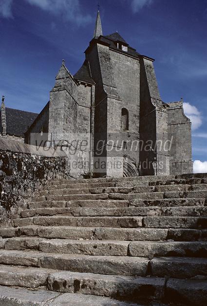 Europe/France/Limousin/19/Corrèze/Haute-Corrèze/Env Ussel - Saint Angel: Eglise fortifiée Saint Michel des Anges (XIIème-XVème)
