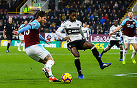 Burnley's Jeff Hendrick scores his side's equalising goal to make the score 1-1<br /> <br /> Photographer Alex Dodd/CameraSport<br /> <br /> The Premier League - Burnley v Fulham - Saturday 12th January 2019 - Turf Moor - Burnley<br /> <br /> World Copyright © 2019 CameraSport. All rights reserved. 43 Linden Ave. Countesthorpe. Leicester. England. LE8 5PG - Tel: +44 (0) 116 277 4147 - admin@camerasport.com - www.camerasport.com