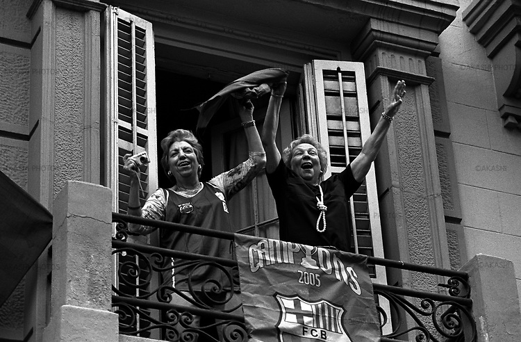 May 15, 2005.People cheer to the parade of the players of F.C.Barcelona for the winning of the Spanish league.
