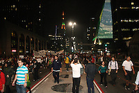 SAO PAULO - SP - 18  DE JUNHO DE 2013 - MANIFESTACAO PASSE LIVRE, mais uma vez a Av Paulista é tomada por manifestantes. FOTO: MAURICIO CAMARGO / BRAZIL PHOTO PRESS.