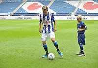 VOETBAL: HEERENVEEN: 23-08-2016, SC Heerenveen nieuwe Hoofdsponsor Groenleven, nieuwe speler Yuki Kobayashi (JAP), ©foto Martin de Jong