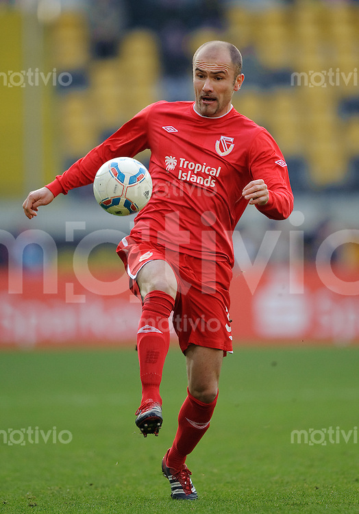 Fussball 2. Bundesliga Saison 2011/2012 18. Spieltag Dynamo Dresden - FC Energie Cottbus Ivica BANOVIC (Cottbus).