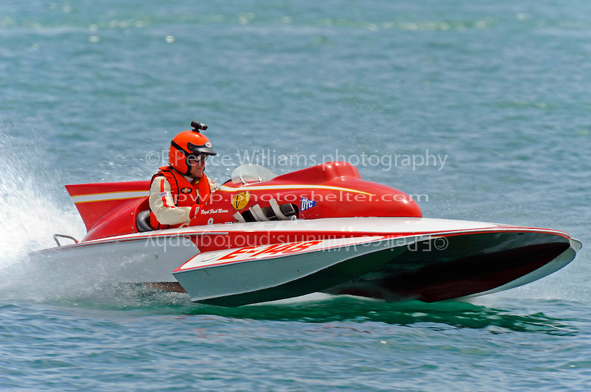 E-148, 280 class hydroplane..10-12 July, 2009, 100th Gold Cup, Detroit River, Detroit, MI USA..©2009 F.Peirce Williams, USA.