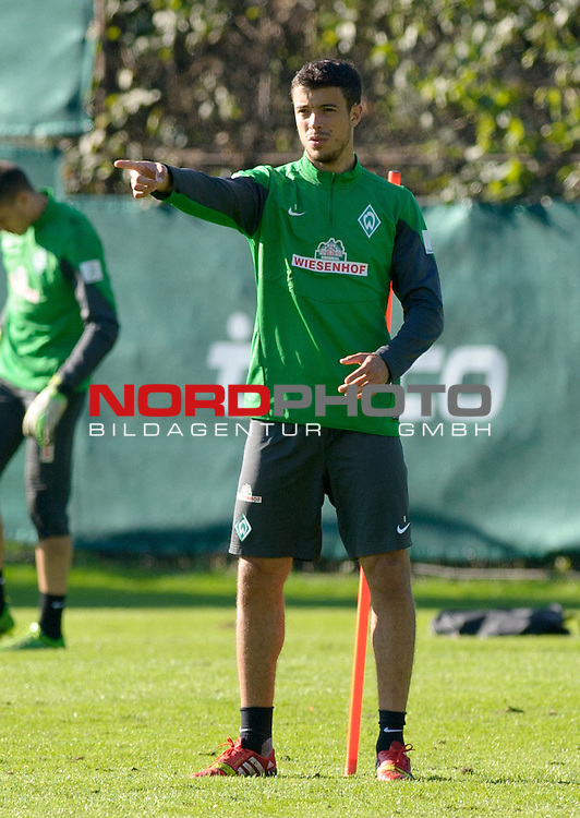 30.09.2013, Trainingsgelaende, Bremen, GER, 1.FBL, Training Werder Bremen, im Bild Franco Di Santo (Bremen #9)<br /> <br /> Foto &copy; nph / Frisch