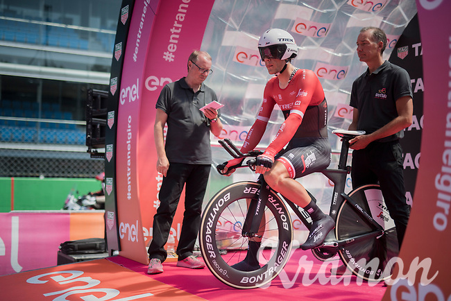 Jasper Stuyven (BEL/Trek-Segafredo) ready to roll off the start podium in the Autodromo Nazionale in Monza for the closing iTT towards Milano<br /> <br /> stage 21: Monza - Milano (29km)<br /> 100th Giro d'Italia 2017