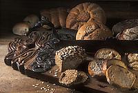 Europe/Suisse/Engadine/Saint-Moritz: Ronde des pains aux graines ou céréales (tournesol, avoine, fenouil, etc.)