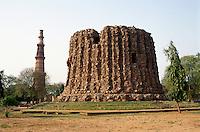 Qutub Minar, Alai Minar in Delhi, Indien, Unesco-Weltkulturerbe
