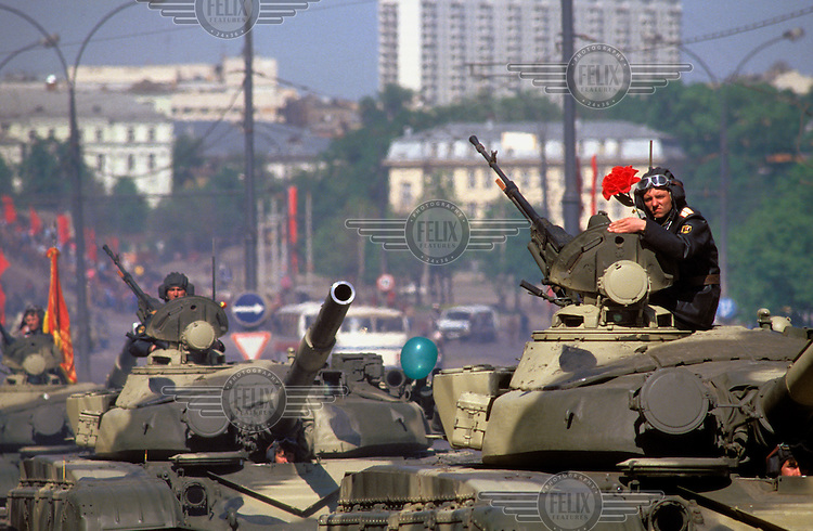 © Paul Lowe / Panos Pictures..Moscow, RUSSIA. 09/05/1990...Miltary might on display at the Victory Day parade, an annual event marking the anniversary of the Soviet victory over Germany in 1945.