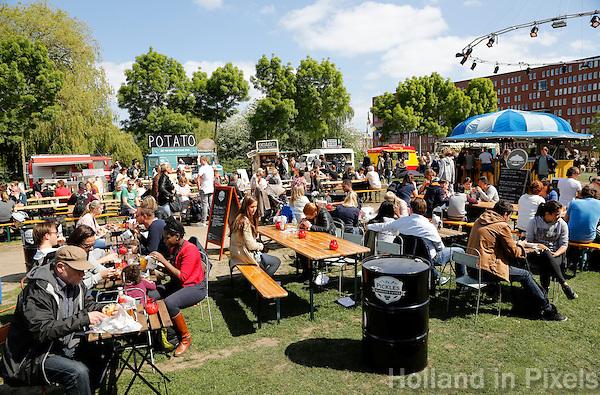 Amsterdam Westerpark. Foodfestival De Rollende keukens