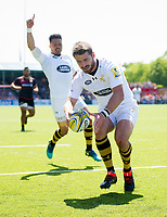 Willie Le Roux of Wasps scores a try in the first half. Aviva Premiership Semi Final, between Saracens and Wasps on May 19, 2018 at Allianz Park in London, England. Photo by: Patrick Khachfe / JMP