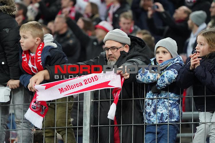 08.02.2019, RheinEnergieStadion, Koeln, GER, 2. FBL, 1.FC Koeln vs. FC St. Pauli,<br />  <br /> DFL regulations prohibit any use of photographs as image sequences and/or quasi-video<br /> <br /> im Bild / picture shows: <br /> Fans, freundlich, Stimmung, farbenfroh, Nationalfarbe, geschminkt, Emotionen, koelner<br /> <br /> Foto © nordphoto / Meuter