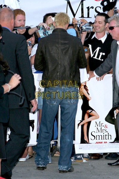 "BRAD PITT.""Mr. & Mrs. Smith"" World Premiere held at Mann Village Theatre, Hollywood, CA, USA, 7th June 2005..full length jeans back behind bum.Ref: ADM.www.capitalpictures.com.sales@capitalpictures.com.©Jacqui Wong/AdMedia/Capital Pictures."