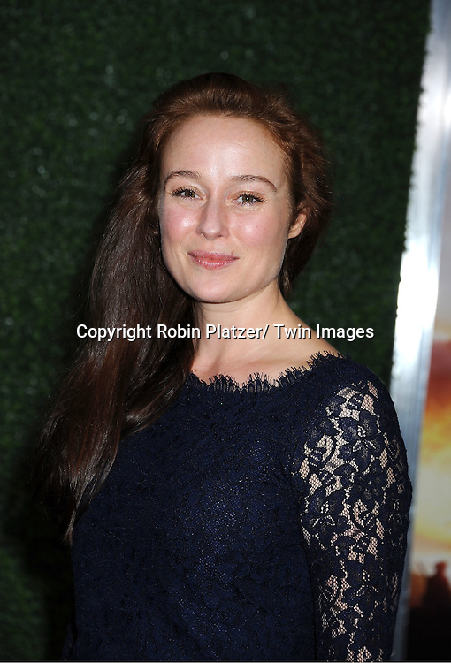 """Jennifer Ehle attends the world premiere of """"War Horse"""" on December 4, 2011 at Avery Fisher Hall in New York City."""