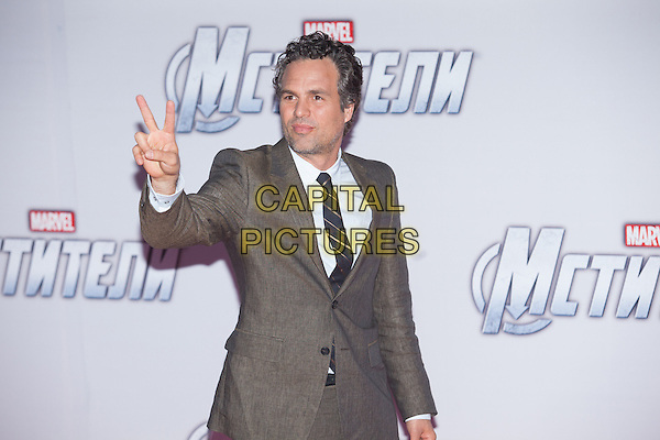 Mark Ruffalo.'Marvel's The Avengers' film premiere, Moscow, Russia..April 17th, 2012.half length grey gay suit jacket hand v peace sign stubble facial hair .CAP/PER/PK.©PK/PersonaStars/Capital Pictures.