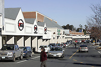 Barracks Road shopping center in Charlottesville, Va. Credit Image: © Andrew Shurtleff