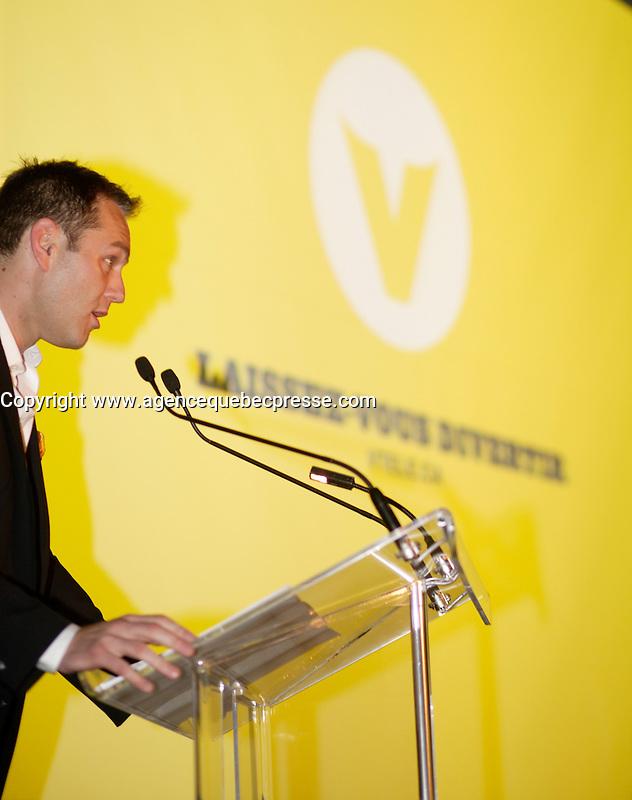 Maxime Remillard, Montreal (Qc) CANADA, Lancement Television, TQS, V-Tele,
