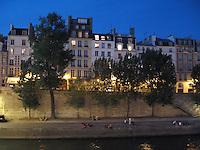 Townhouses on the Île de la Cité & Seine River