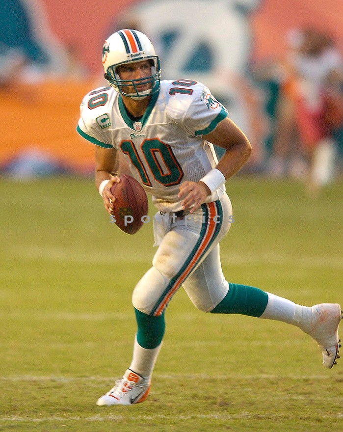 TRENT GREEN, of the  Miami Dolphins , during the Dolphins game against the Dallas Cowboys on September 16, 2007.  The Dallas Cowboys beat the Miami Dolphins 37-10....