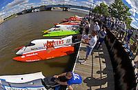 Start: Pete Nydahl (#71), Chris Fairchild (#62) Wyatt Nelson (#39), Max Toler (#91), Mark Major (#17), Bill Gohr (#58), Matt Sadl (#2) and David Ratcliff (#78).    (Formula 1/F1/Champ class)