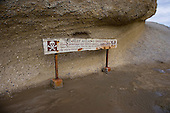 Warning sign at Castlepoint reef.