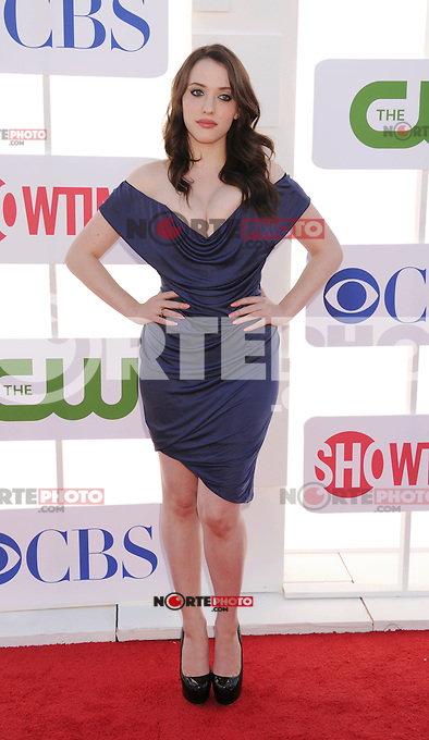 BEVERLY HILLS, CA - JULY 29: Kat Dennings arrives at the CBS, Showtime and The CW 2012 TCA summer tour party at 9900 Wilshire Blvd on July 29, 2012 in Beverly Hills, California. /NortePhoto.com<br /> <br />  **CREDITO*OBLIGATORIO** *No*Venta*A*Terceros*<br /> *No*Sale*So*third* ***No*Se*Permite*Hacer Archivo***No*Sale*So*third*