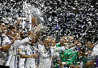 Calcio, Champions League: finale Juventus vs Real Madrid. Cardiff, Millennium Stadium, 3 giugno 2017.<br /> Real Madrid's Marcelo holds up the trophy at the end of the Champions League final match between Juventus and Real Madrid at Cardiff's Millennium Stadium, Wales, June 3, 2017. Real Madrid won 4-1.<br /> UPDATE IMAGES PRESS/Isabella Bonotto