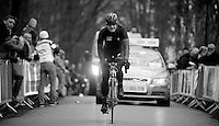 Gent-Wevelgem 2013.Tom Boonen (BEL) hurt his knee in a crash earlier and abandons on top of the Kemmelberg.