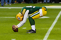 Green Bay Packers long snapper Taybor Pepper (59) during a National Football League game against the New Orleans Saints on October 22, 2017 at Lambeau Field in Green Bay, Wisconsin.  New Orleans defeated Green Bay 26-17. (Brad Krause/Krause Sports Photography)
