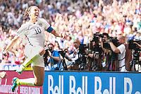 VANCOUVER, CANADÁ, 05.07.2015 - EUA-JAPÃO - Carli Llord dos Estados Unidos comemora gol durante lance com  do Japão jogo válido pela final da Copa do Mundo de Futebol Feminino no Estádio BC Place em Vancouver  no Canadá neste domingo, 05. (Foto: Vanessa Carvalho/Brazil Photo Press)