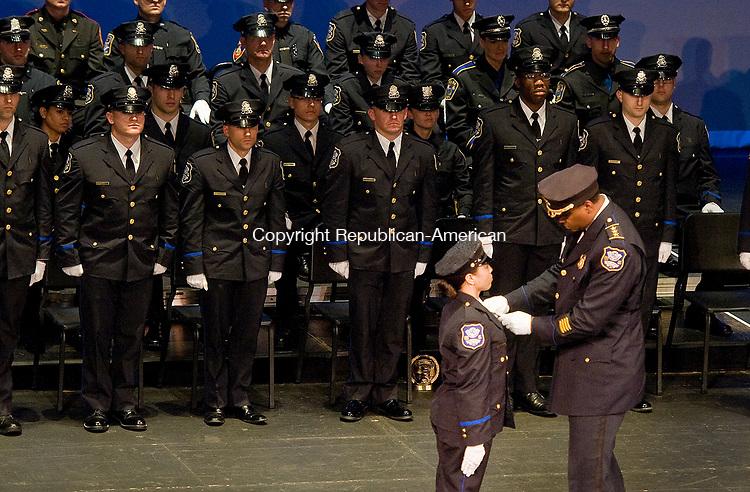 waterbury ct police blotter