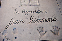 Jean Simmons, Hand - Footprint, Impressions, Grauman's, Chinese, Theater, Hollywood, CA, John Tartaglia, cement artist, at Grauman's Chinese from 1953 - 1987