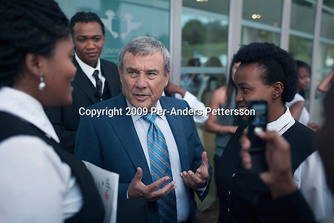 JOHANNESBURG, SOUTH AFRICA - APRIL 1: Sol Kerzner, the South African hotel magnate, talks to students at a hotel school that bears his name on April 1, 2009 in Johannesburg, South Africa. Mr. Kerzner has finally returned to SA after spending many years overseas developing hotels. He opened a One&Only Hotel in Cape Town on April 3, 2009. (Photo by Per-Anders Pettersson)
