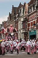Europe/France/Nord-Pas-de-Calais/59/Nord/Bailleul: Le Carnaval de Bailleul -Le char des Bouchers- Charcutiers