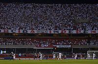 SÃO PAULO, SP, 12 DE SETEMBRO DE 2013 - CAMPEONATO BRASILEIRO - SÃO PAULO x PONTE PRETA: Partida São Paulo x Ponte Preta, válida pela 20ª rodada do Campeonato Brasileiro de 2013, disputada no estádio do Morumbi em São Paulo. FOTO: LEVI BIANCO - BRAZIL PHOTO PRESS.