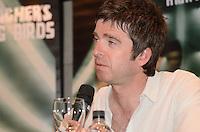 SAO PAULO, SP, 02 DE MAIO DE 2012 - COLETIVA NOEL GALLAGHER - O Cantor Noel Gallagher em coletiva de imprensa, no Hotel Tivoti, regiao da Avenida Paulista, na tarde desta quarta feira. FOTO: ALEXANDRE MOREIRA - BRAZIL PHOTO PRESS