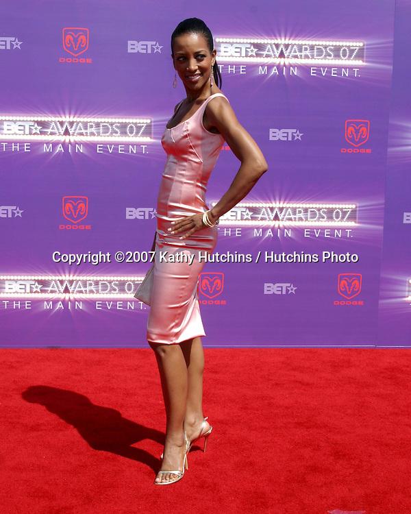 Shaun Robinson.BET Awards 2007.Shrine Auditorium.Los Angeles, CA.June 26, 2007.©2007 Kathy Hutchins / Hutchins Photo....