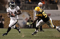 PITTSBURGH, PA - NOVEMBER 06:  Ricky Williams #34 of the Baltimore Ravens runs by Jason Worilds #93 of the Pittsburgh Steelers during the game on November 6, 2011 at Heinz Field in Pittsburgh, Pennsylvania.  (Photo by Jared Wickerham/Getty Images)